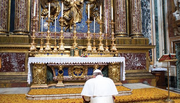 Magis-434-papa-Francisco2