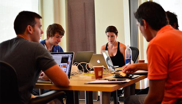 Los jóvenes apuestan cada vez más por el modelo de startup para iniciar sus empresas. Foto: Plewiki/Flickr