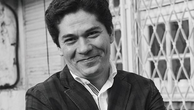 El escritor Juan Pablo Villalobos. Foto: EFE