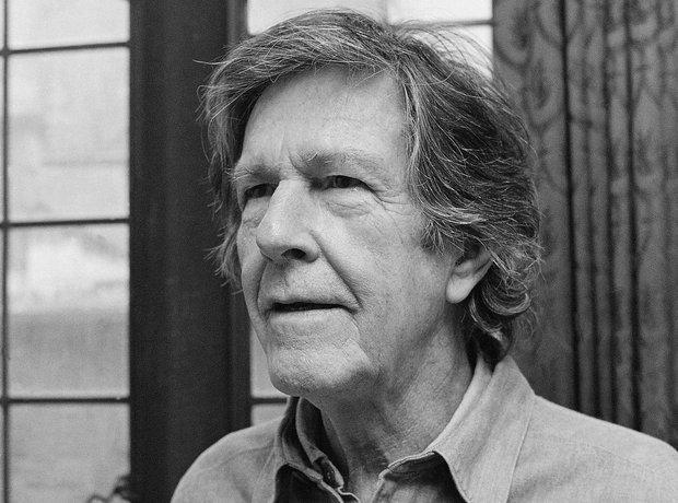 """John Cage es compositor de la polémica pieza titulada «4'33""""»."""