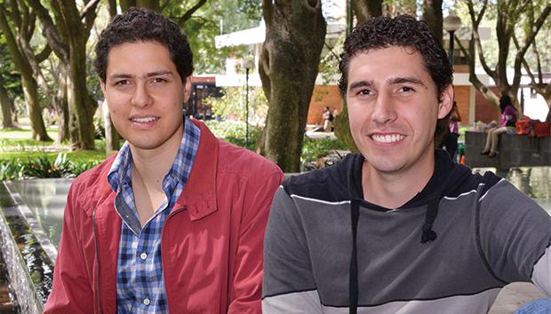 Ignacio Uruñuela y Omar de la Mora trabajarán con Tu Techo Mexicano de Occidente. Foto: Luis Ponciano