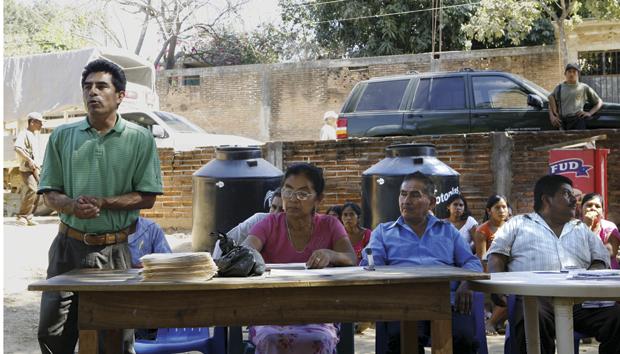 Sistema comunitario de seguridad y la reeducación en la Montaña y la Costa Chica de Guerrero