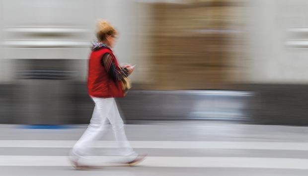 Un buen principio es contar nuestros pasos. ¿La meta? Diez mil al día. Foto: Flickr/SantiMB.Photos