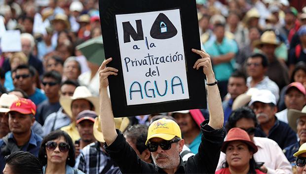 Manifestación contra la privatización del agua. Foto: Saúl López/Cuartoscuro