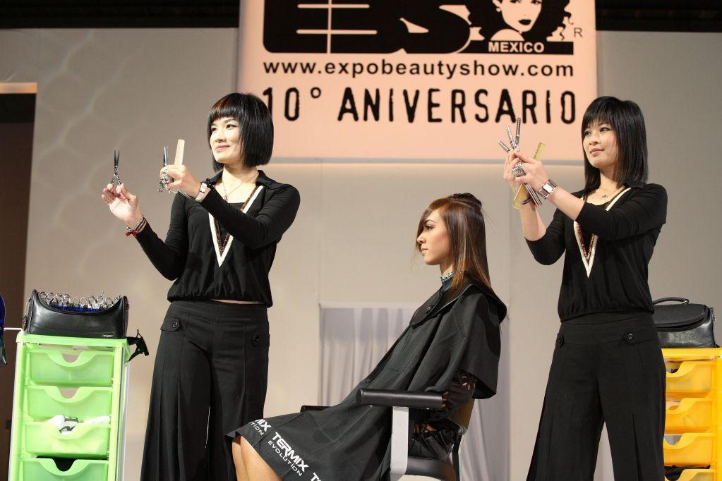 En México, la industria de la belleza vale más de 10 mil millones de dólares. Foto: nstand.com