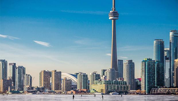 Aun cuando Canadá pareciera una buena opción para vivir y trabajar, los retos para lograrlo son muchos.