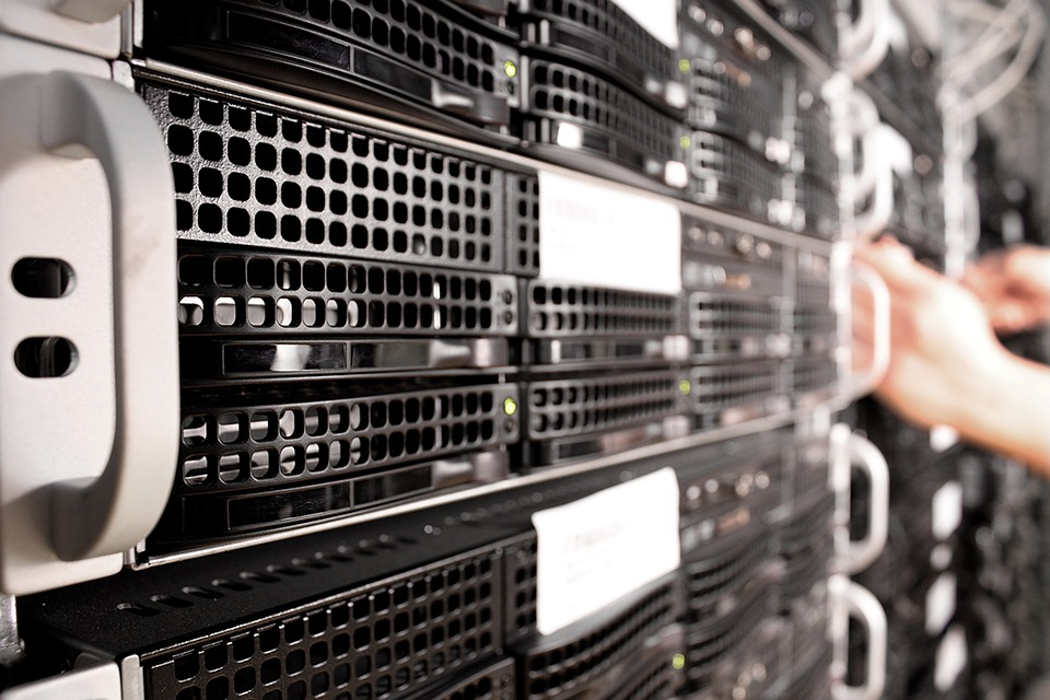 Ejemplo de un servidor para almacenamiento de información en la nube. Foto: pixabay.com