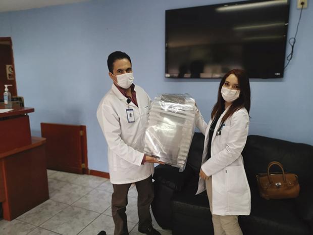Las caretas se han hecho llegar a las instituciones de salud. Fotos: Cortesía Miguel Huerta